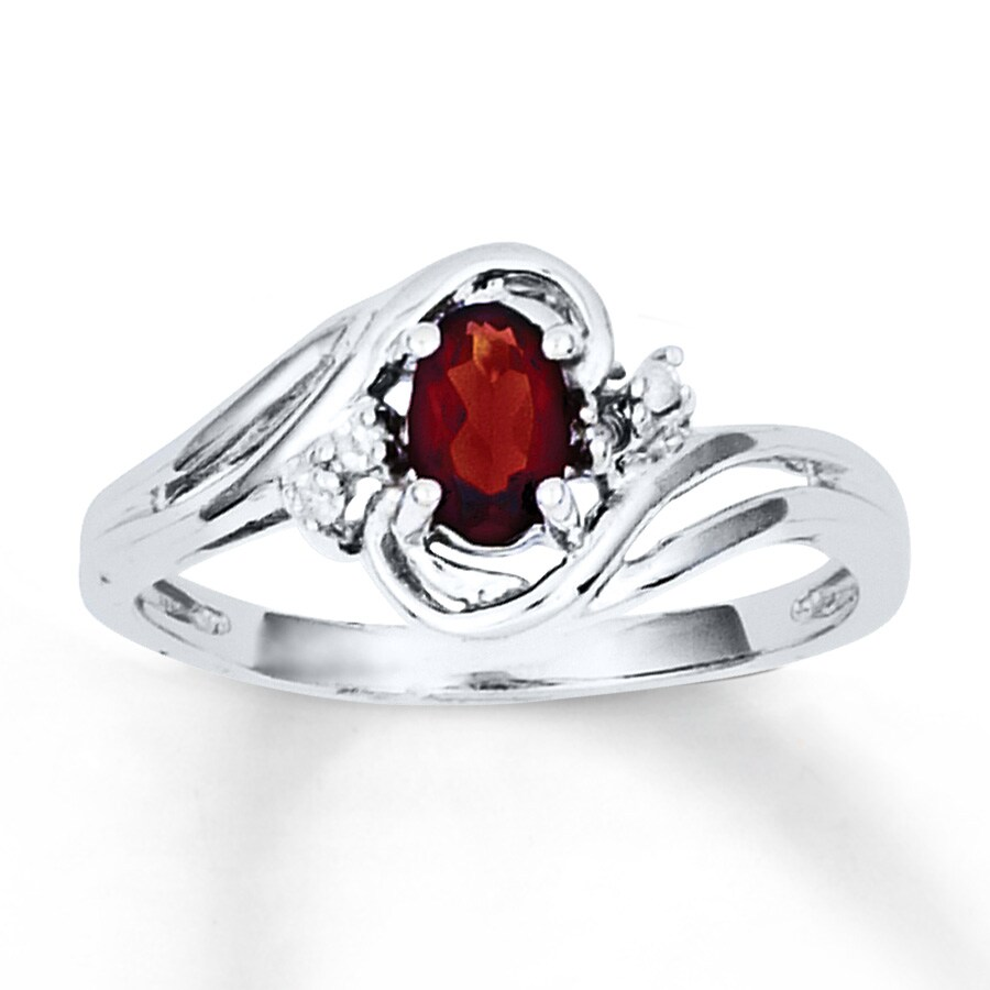 garnet ring oval cut with diamonds 14k white gold