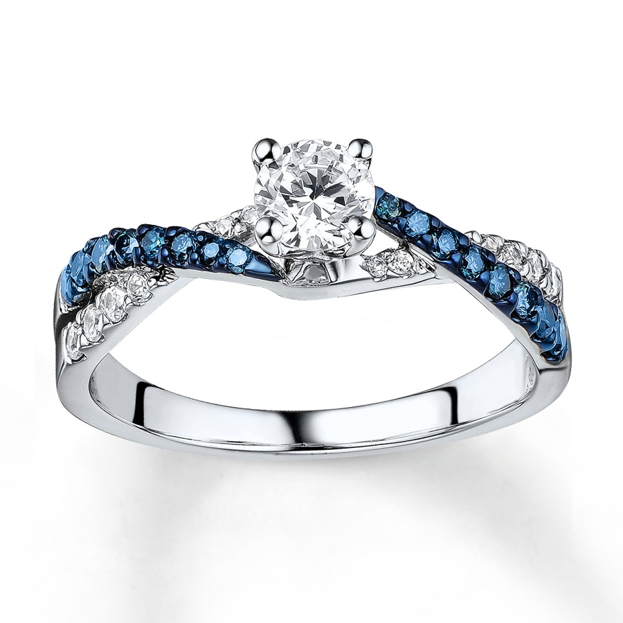 diamond and wh women ring cluster for engagement gold white blue
