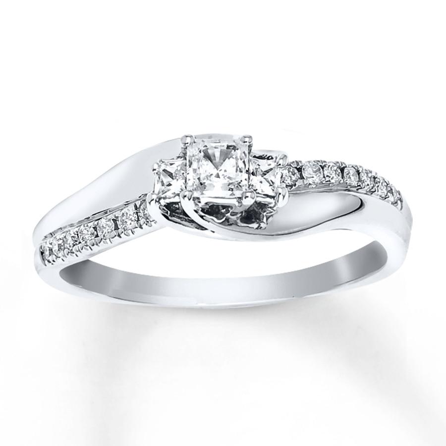 engagement ring 1 3 ct tw princess cut 10k