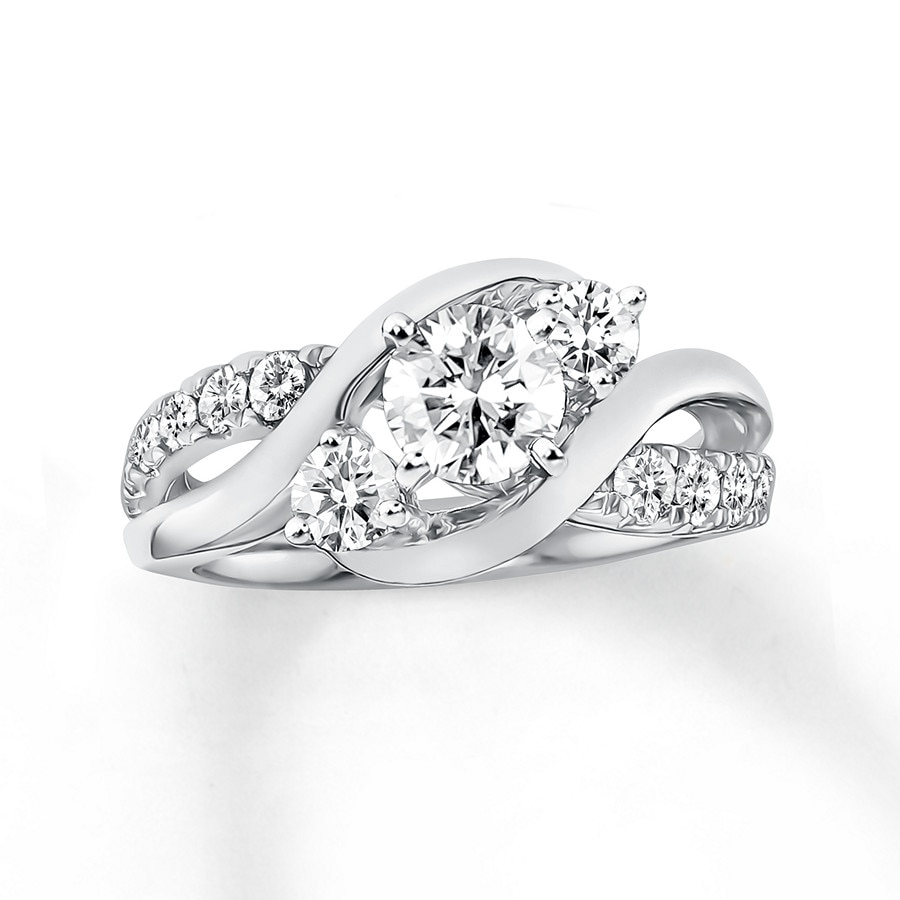 Carat Diamond Solitaire Ring Picture